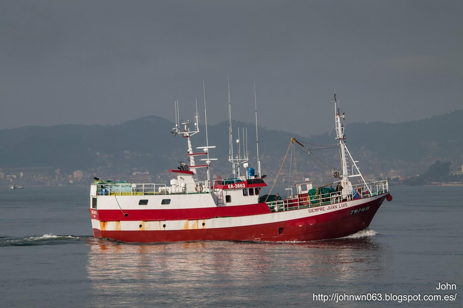 siempre juan luis, a guarda, fotos de barcos, pesquero, vigo
