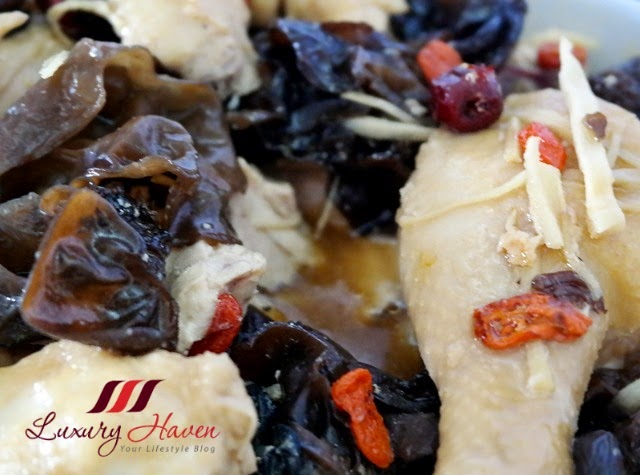 nutritious steamed tang kwei chicken fungus recipe