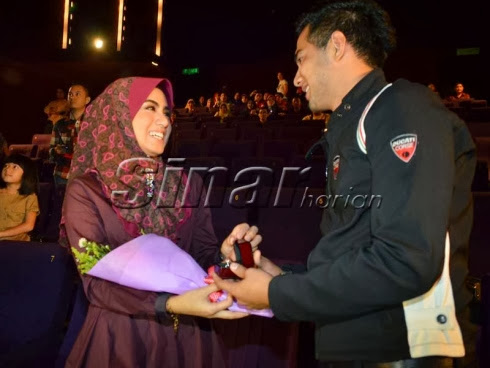 Mawar Abdul Karim - 'Fizo cinta pertama saya'