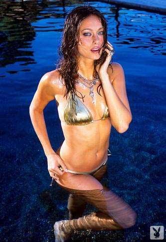 Amber heard and amanda seyfried hot nude scene from 039alpha dog039 movie - 5 4