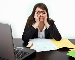 4 Tips Menjaga Kesehatan Mata Bagi Seorang Blogger