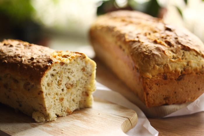 chleb z cebulką