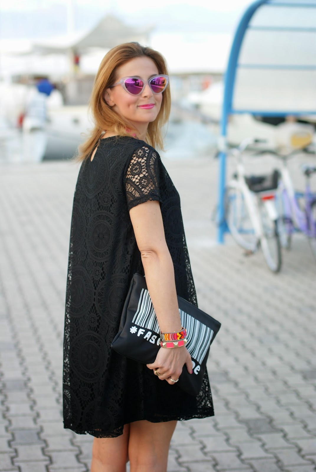 Essequadro eyewear, Fato creazioni, Roberto Botticelli sandals, Blackfive lace dress, pink sunglasses, Fashion and Cookies, fashion blogger