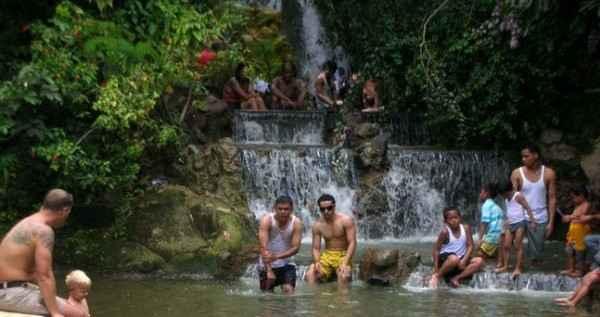 Paket Wisata Ciater, Sari Ater Hotspring, De'Ranch, Tahu Susu Lembang