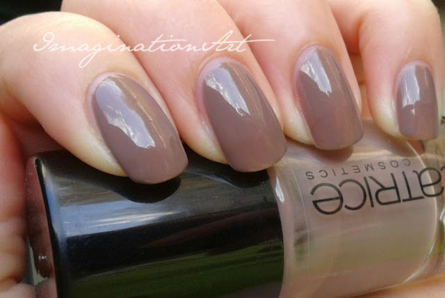 catrice from dusk to down n* number numero 200 swatch swatches smalto nail polish lacquer unghie