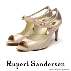 Princess Eugenie Style RUPERT SANDERSON Mary-Jane Heels