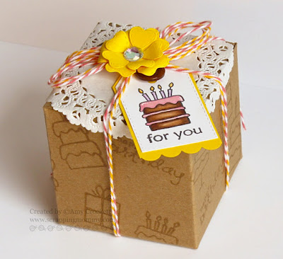 SRM Stickers Blog - Birthday Kraft Box by Amy - #birthday #giftbox #clearstamps #birthday #twine #doiliy #kraftbox