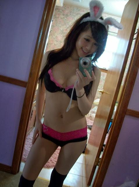 Sey Asian Bunny Teen Girl Shot Self Pic In Mirror