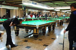 Mais de 200 atletas de nove estados e do Distrito Federal, inclusive campeões brasileiros, participam do Campeonato de Sinuca até domingo em Teresópolis