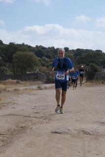 Trotón Al en los 100km Madrid-Segovia: camino de Manzanares