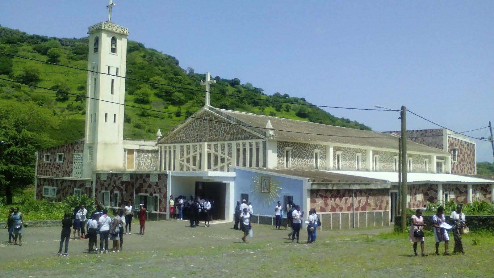 Igreja de São Jorge, nos Órgãos