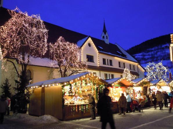 Benessere del Personale: Mercatini di Natale sulla neve a Colle ...
