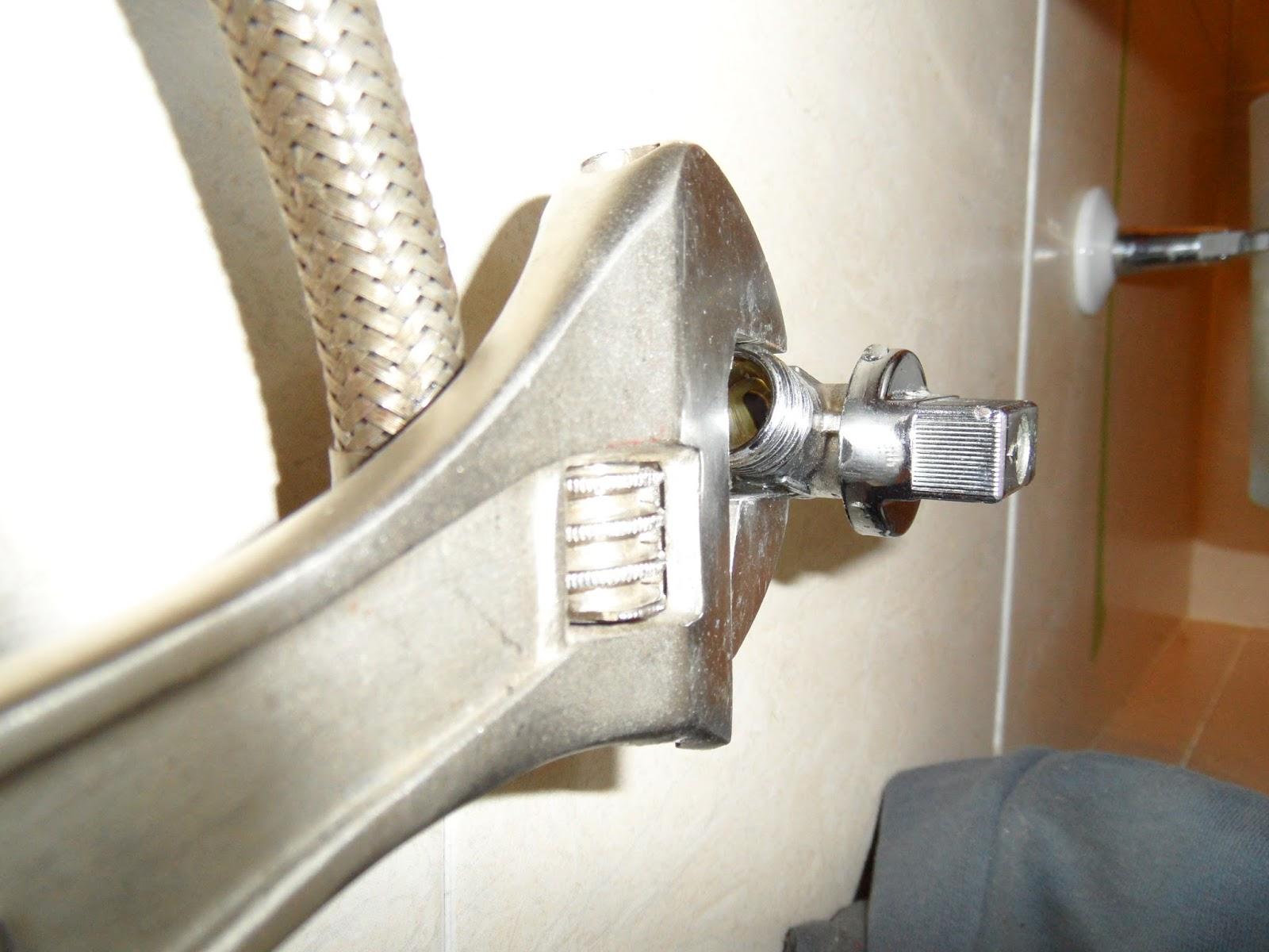 Cambiar llave de paso cisterna fabulous cmo cambiar los for Llave ducha sodimac