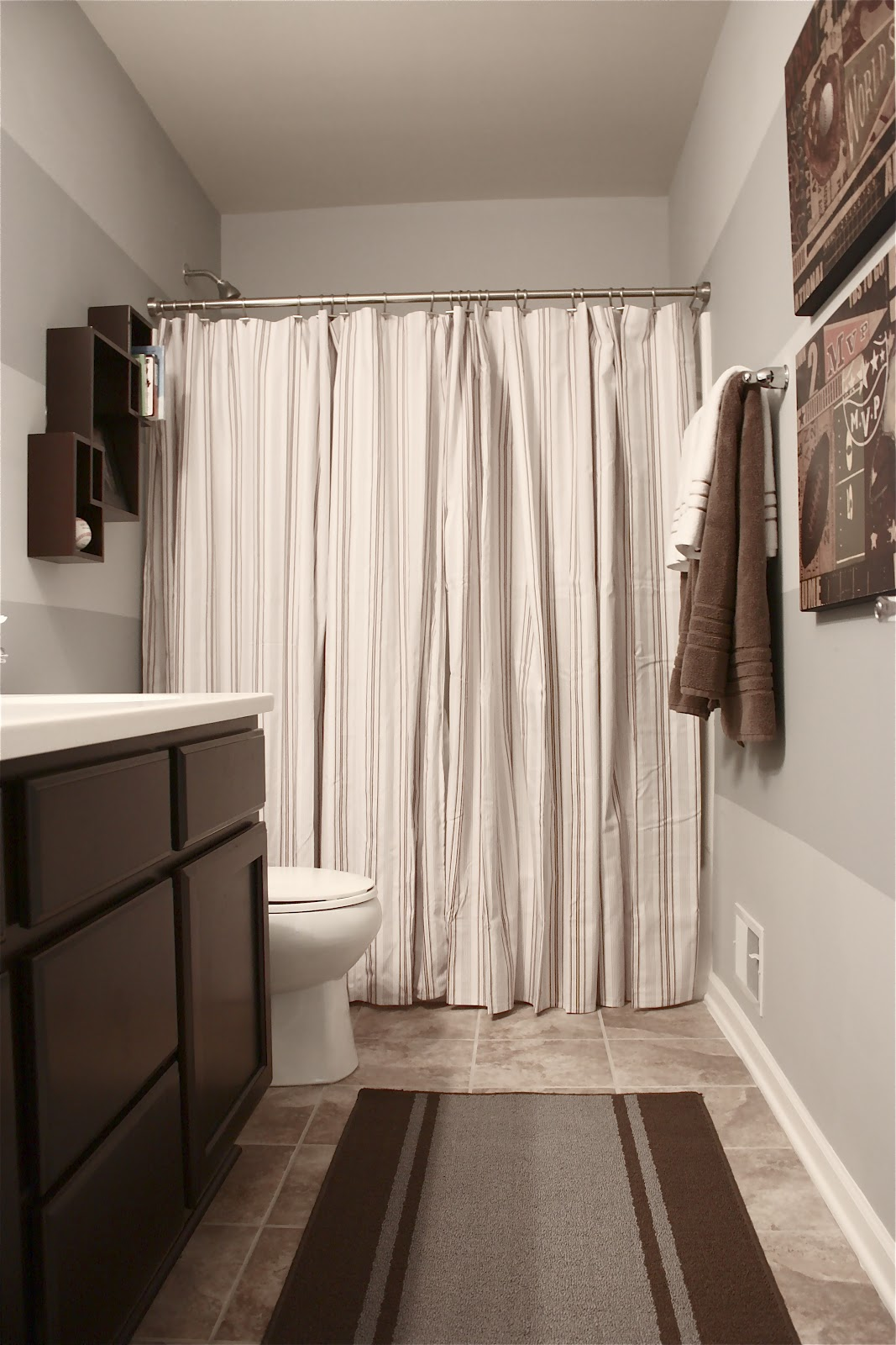 The Yellow Cape Cod: Boy\'s Bathroom Reveal~Using Two Shower Curtains