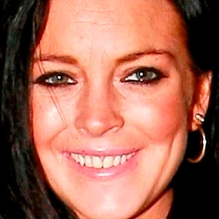 Lindsay Lohan old teeth