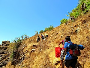 On the way to Om beach, climbing hill