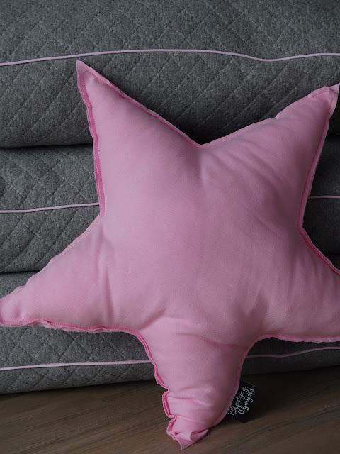 poduszka pikowana szara