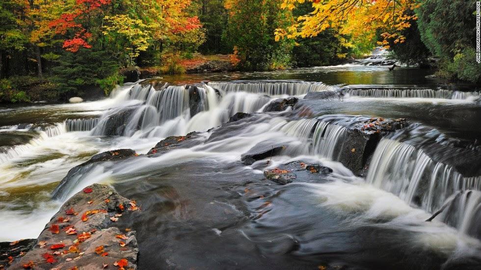 10 Spectacular U S Waterfalls Blog Svietnam Tourism Vietnam Travel Experiences Unique
