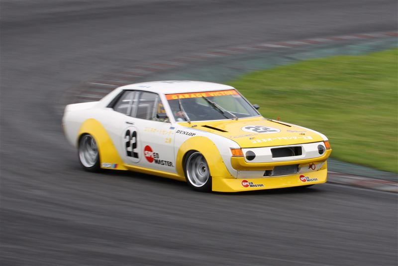 fotki japońskich samochodów, Toyota Celica, klasyk, jdm, I, szybkie, tylnonapędowe, racing, wyścigowy, yellow, żółty