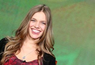 2013 TCA Tour, Revolution. Hot Tracy Spiridakos