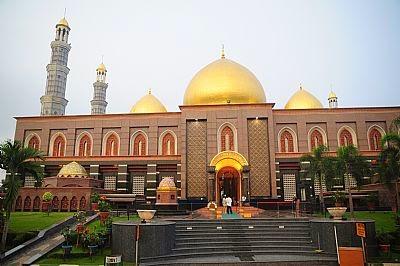 Masjid Dian Al Mahri - Depok Jawa Barat