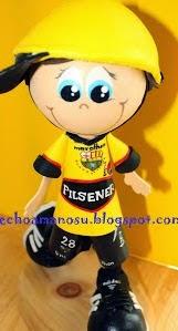http://echoamanosu.blogspot.com.es/2012/05/fofucho-futbolista-barcelona.html