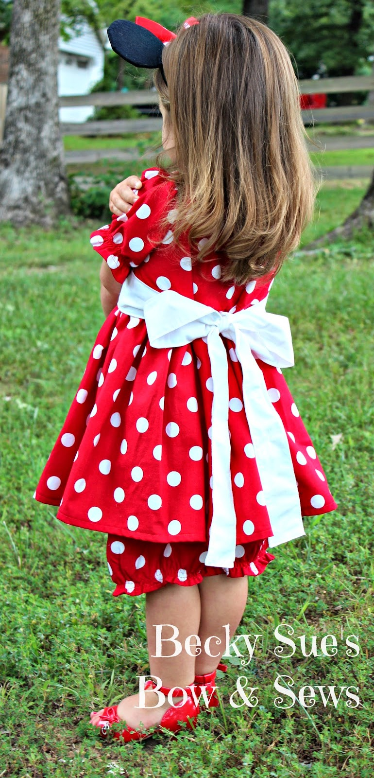 Miss Mouse Red & White polka dot dress and bloomers by #BeckySuesBowAndSews available through www.craftingincrazytown.blogspot.com