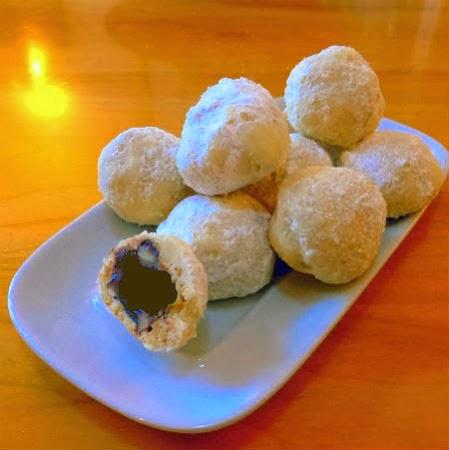 One Perfect Bite: Dinner Rolls - Buttermilk Cluster