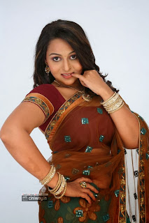 Actress-Samvrutha-Sunil-Photos