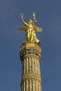 the Tiergarten Park, the Victory Column | Where to go in Berlin - Travel Europe Guide