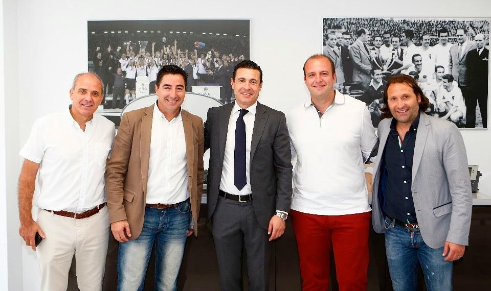 Cd onda escuela de futbol la escuela de futbol cd onda for Valencia cf oficinas