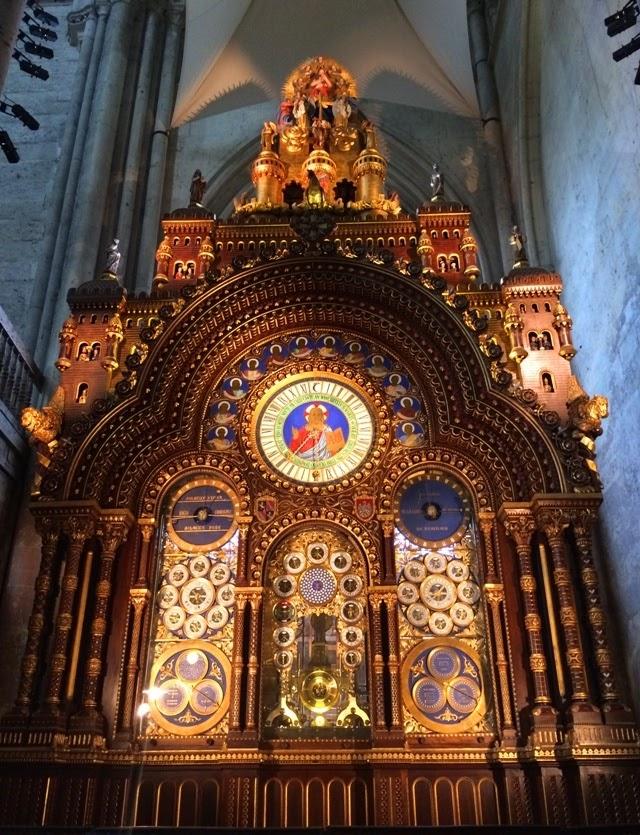 Beauvais Cathédrale Horloge