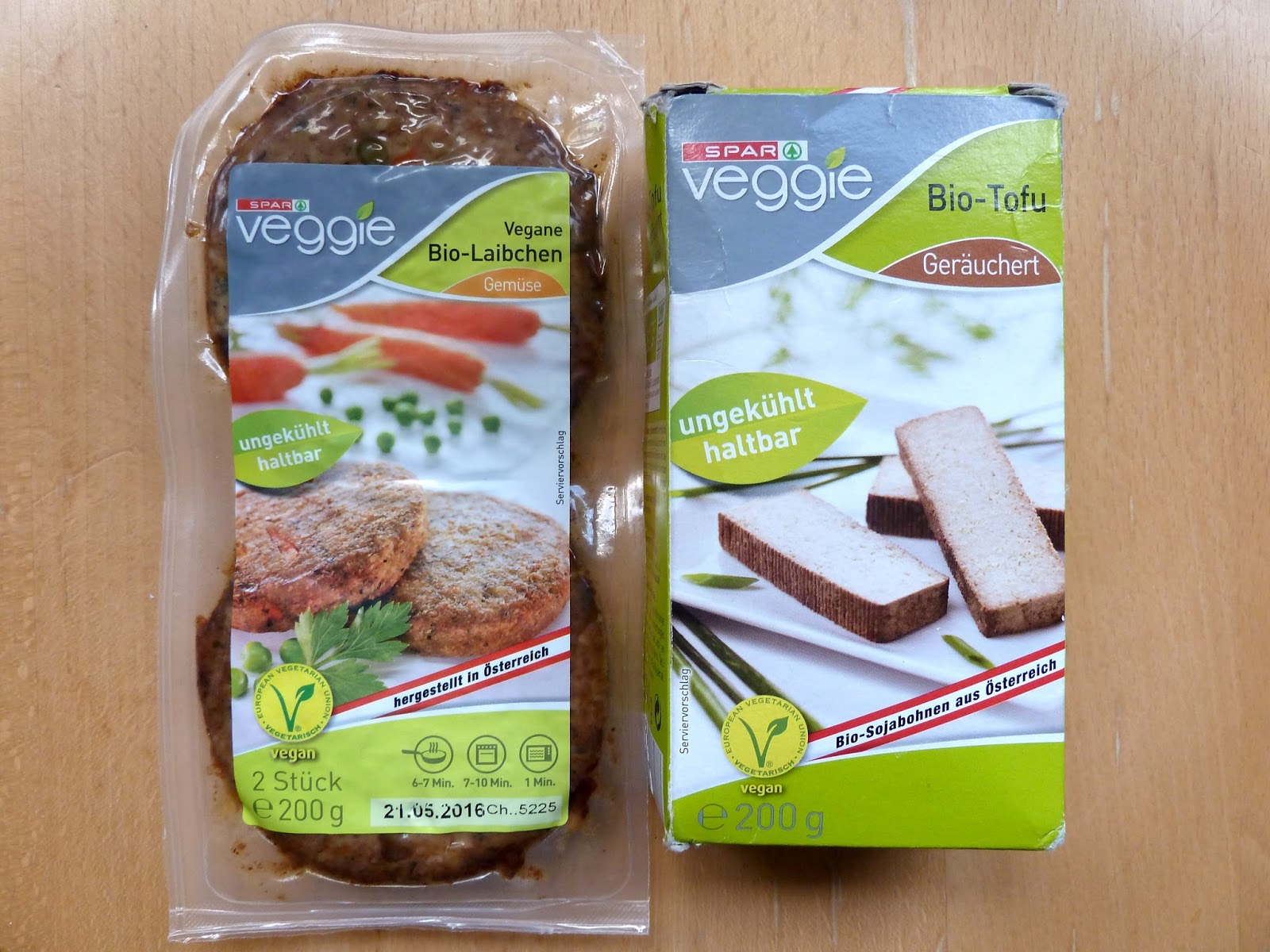 Flicking the vs vegan vienna ice cream shops bakeries for Granny pottymouth bakes a vegan cake
