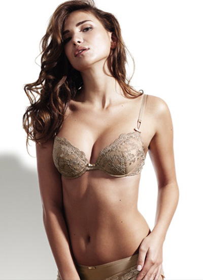 Sariana+lingerie-2011-15