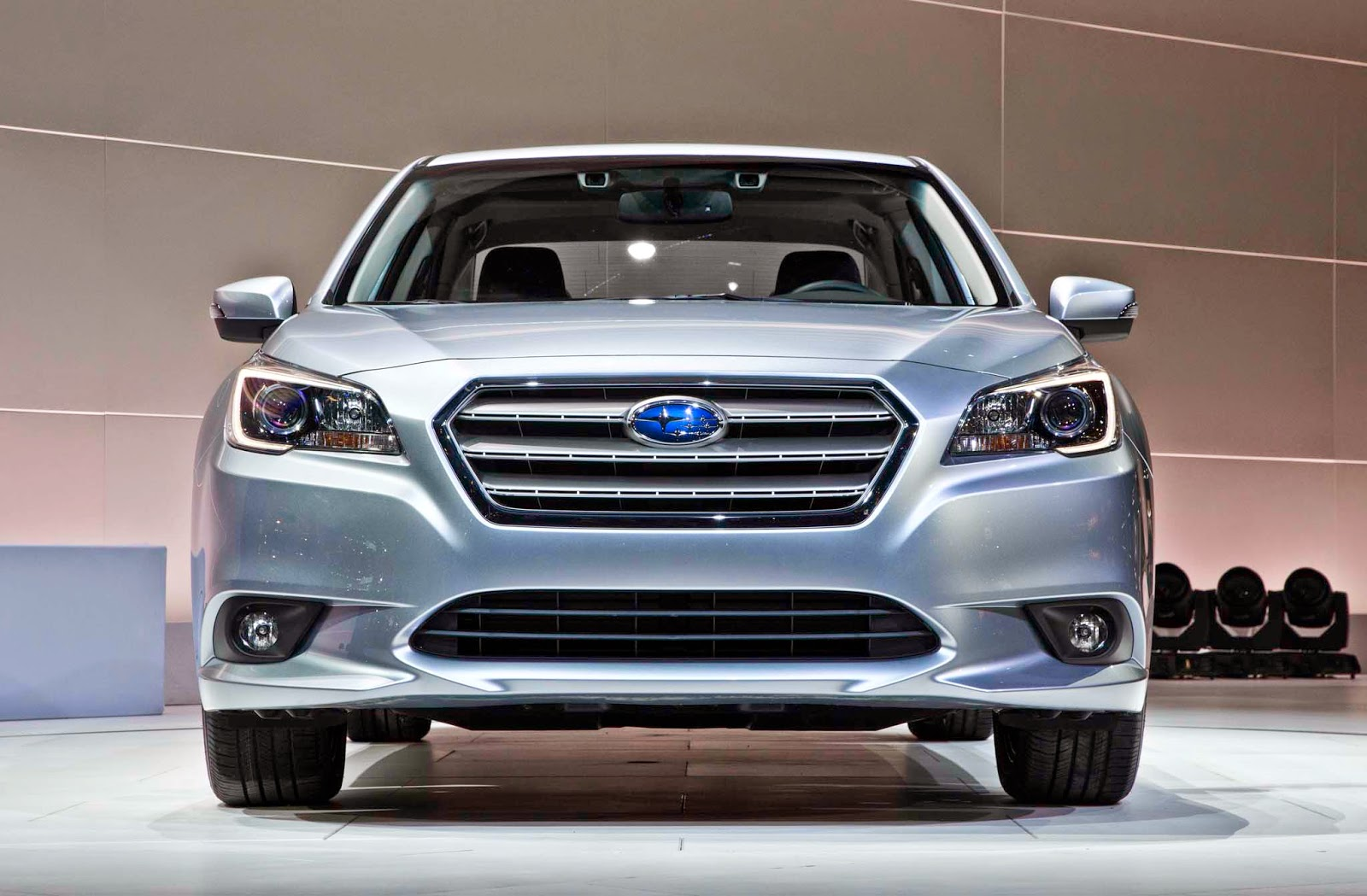2015 Subaru Legacy Release Date, Price, Concept and Specs