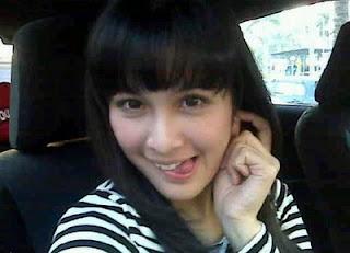 Biodata Profil dan Foto Sandra Dewi Lengkap