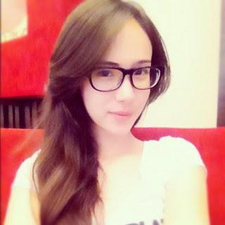 Wanda Hamidah Dinikahi Seorang Mualaf