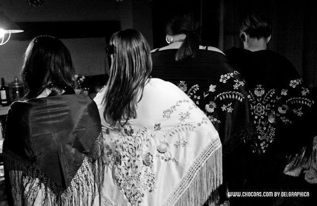 Feria de abril en casa - mantón de manila