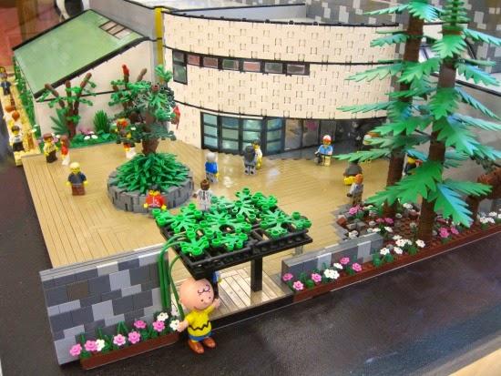 Schulz Museum Lego