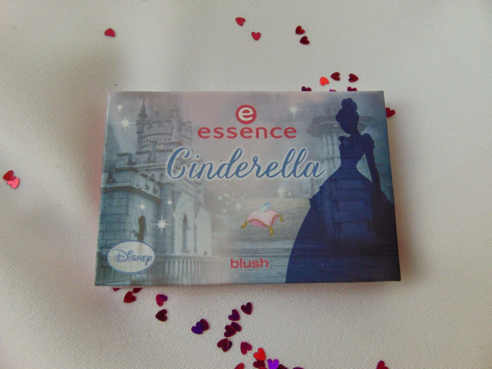 Essence: Cinderella Limited Edtion - Blush - www.annitschkasblog.de