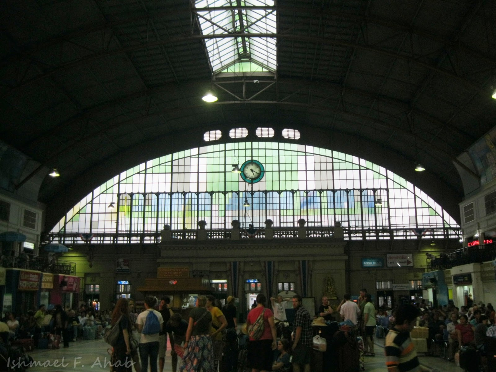 Photographing Hua Lamphong Train Station Before the ...