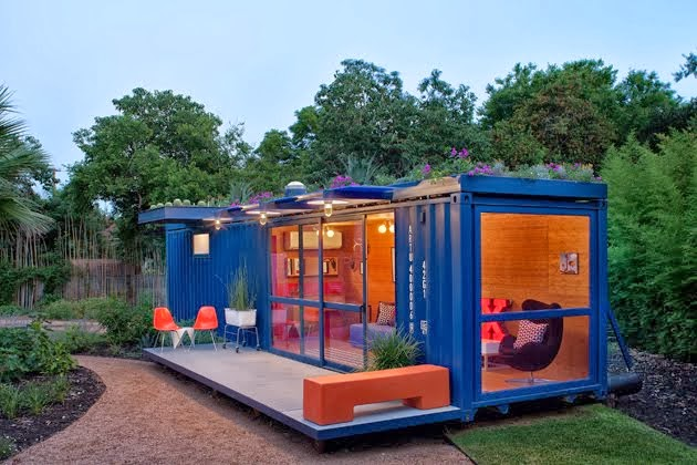 CONTAINER CABIN & LIVING ROOM