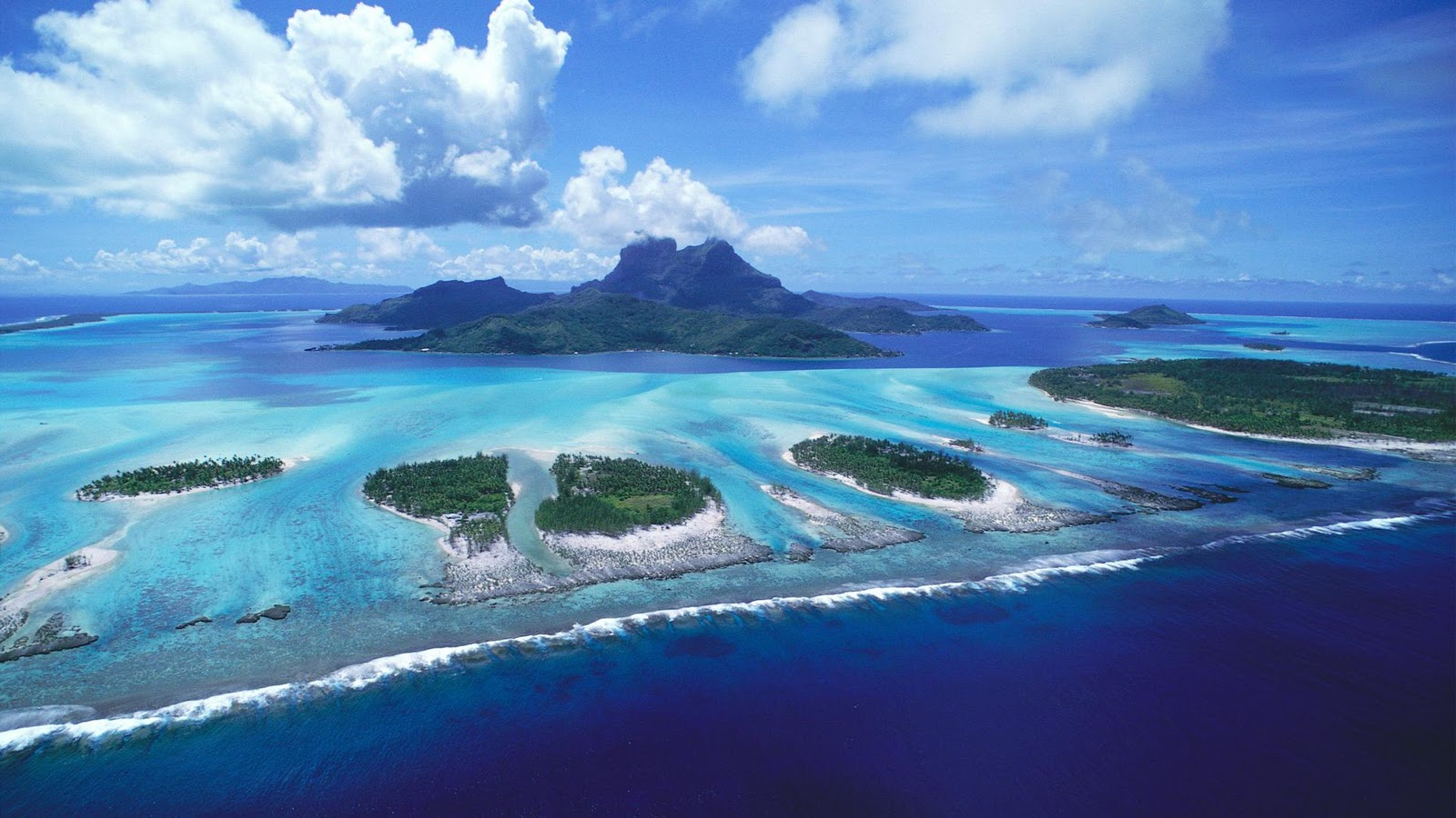 hawaii helicopter ride with Tahiti Bora Bora Island Pearl Of on Target29 together with Tahiti Bora Bora Island Pearl Of also Watch also Target30 in addition Rapper Ludacris Gives Curvaceous Girlfriend Eudoxie Ride Hawaii.