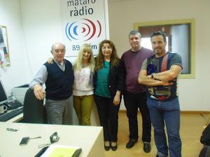 Preparando la Marathón de Poesía en Mataró Radio.