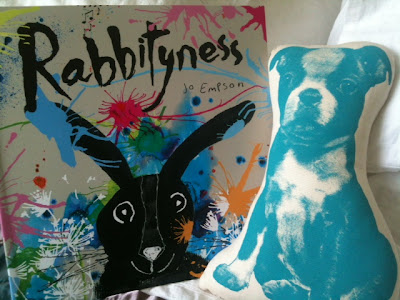 Rabbits Carrots Soul Latino