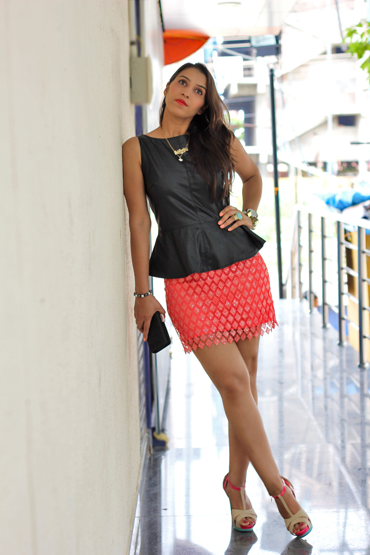 Coral Lace skirt, Satin Clutch, Fashion blogger, Outfit of the day