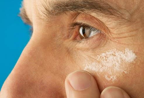 Dez Gestos Essenciais Para Cuidar Diariamente da Pele do Rosto