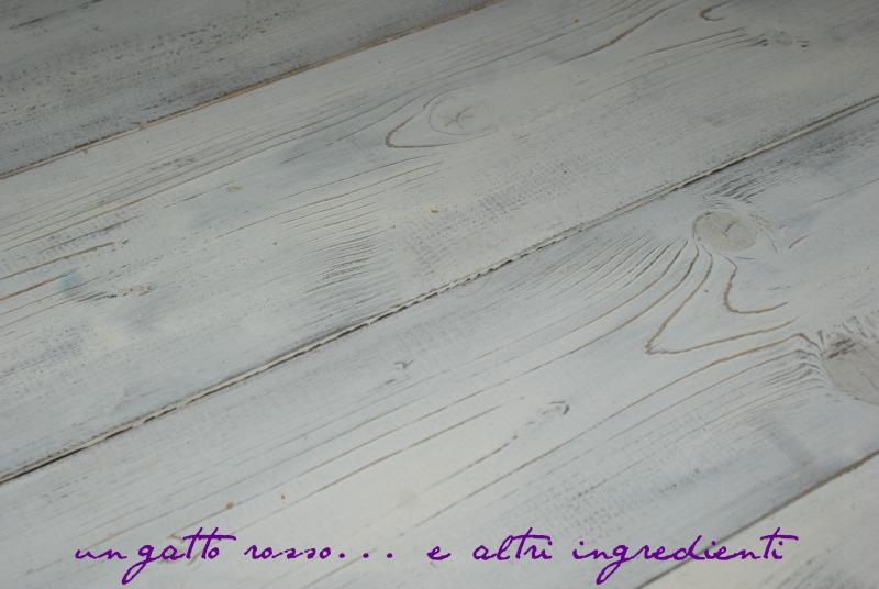 Un gatto rosso... e altri ingredienti: Pavimento di legno bianco ...