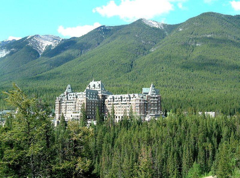 banff lodging map with Haunted Banff Springs Hotel on Trail Map likewise British Columbia likewise Mountaineer Lodge together with Banff National Park Hotels d602291 together with Banff National Park Hotels Moraine Lake Lodge h183587.