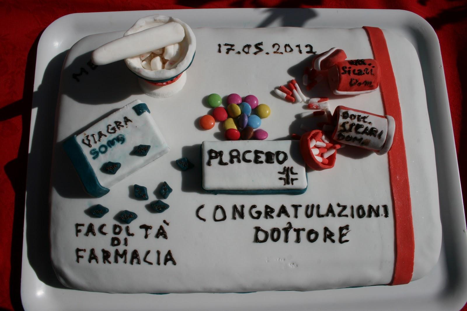 Preferenza cose di casa mia: torta di laurea in farmacia TO86
